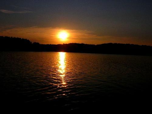 Zachód słońca nad Soliną